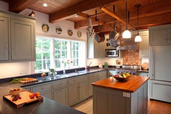 How to choose stock cabinets for your kitchen the blog for Stock kitchen cabinets
