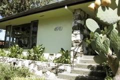 add-curb-appeal-customhousenumbers_32f6de7c2730aa99df40e788d6dd4c75_3x2_jpg_300x200_q85